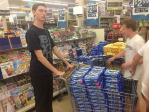 Internship Report Noeller 9 3AM Shopping