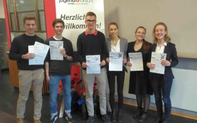 TUMKolleg erfolgreich beim Regionalwettbewerb Jugend forscht 2019
