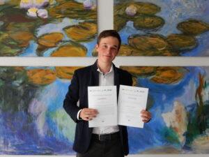 Seminararbeitspreis Physik 2020 – Herzlichen Glückwunsch an Elias Hanser
